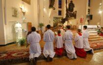 Modlitwa zanarzeczonych iosoby żyjące wzwiązkach niesakramentalnych – IV wtorki miesiąca